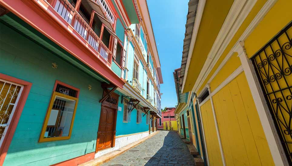 Guayaquil las penas street