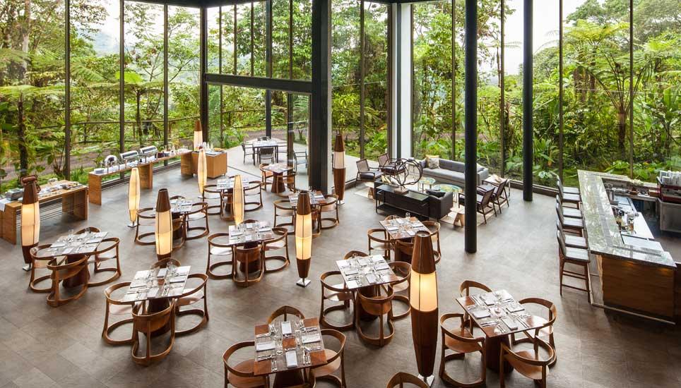 Mashpi lodge restaurant