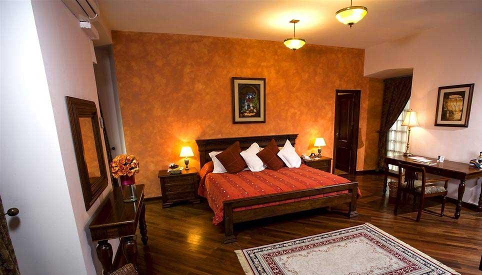 Patio Andaluz room