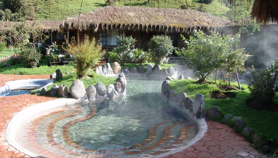 Termas Papallacta hot pool