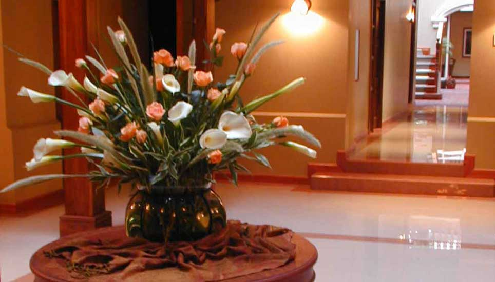 hotel carvallo reception flowers