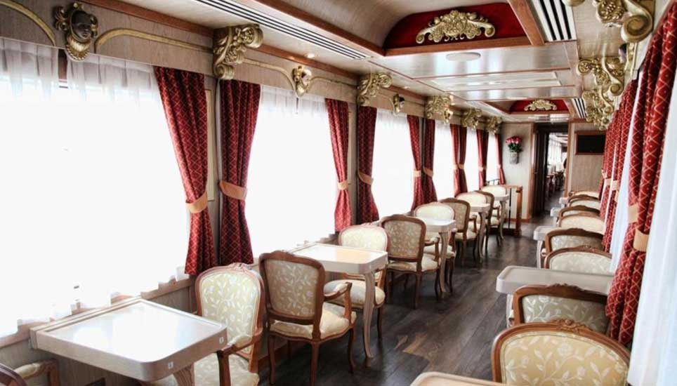 trains buffet carriage