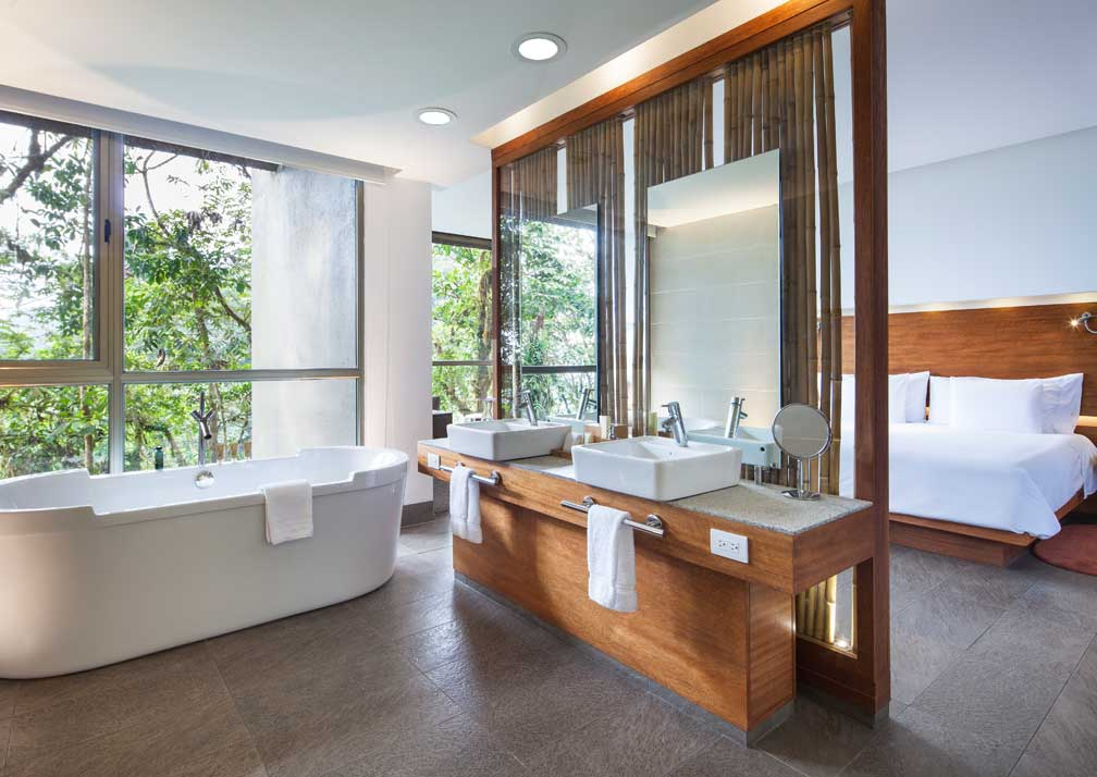 mashpi-yaku-bathroom--R19